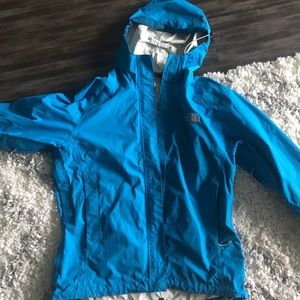 Women's Northface shell/rain jacket